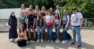 Zum Schuljahresabschluss in den Karlsruher Zoo